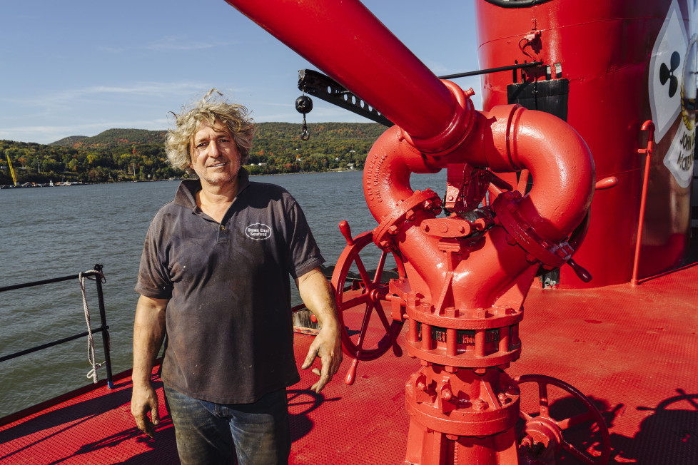 How an fdny boat that rescued 9 11 survivors lives on for Gramercy farmer and the fish